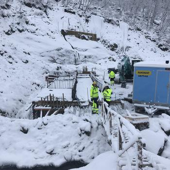 Utbygging av småkraftverk i Ullsfjord våren 2020