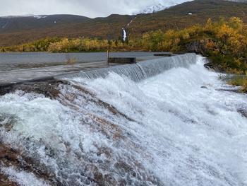 Overløp Storvannet i Håkvikdalen 21. september 2020